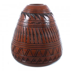 American Indian Hand Crafted Navajo Pot By Shyla Watchman TX104744