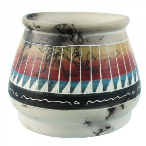 Genuine American Indian Hand Crafted Pot By Navajo Artist Marilyn Kinlichee RX106403