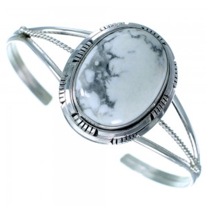 American Indian Sterling Silver And Howlite Cuff Bracelet RX109214